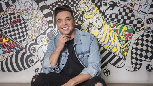 Wesley Safadão comemora estreia no 'SóTocaTop': 'Não é que eu virei apresentador da Globo?'