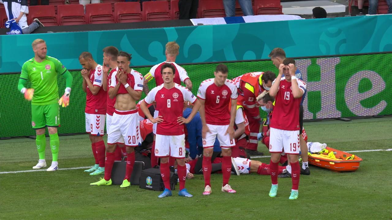 Eriksen cai no gramado desacordado e deixa os colegas de time desesperados, aos 42' do 1° tempo