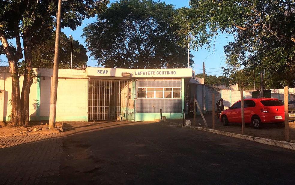 Colônia Penal Lafayete Coutinho, em Salvador — Foto: Valma Silva/G1