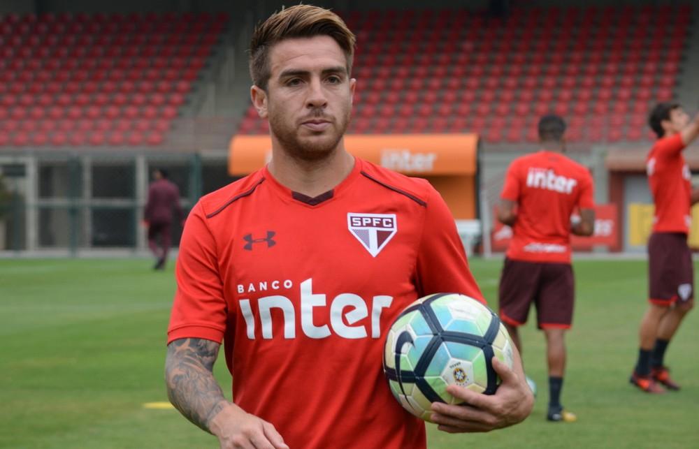 Boca Juniors anuncia chegada de Buffarini, que estava no São Paulo