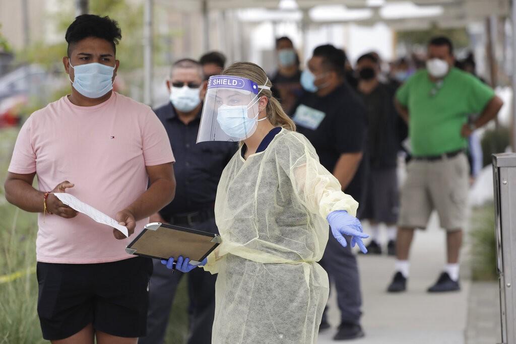 EUA têm o segundo maior número diário de infecções de Covid-19 desde o início da pandemia