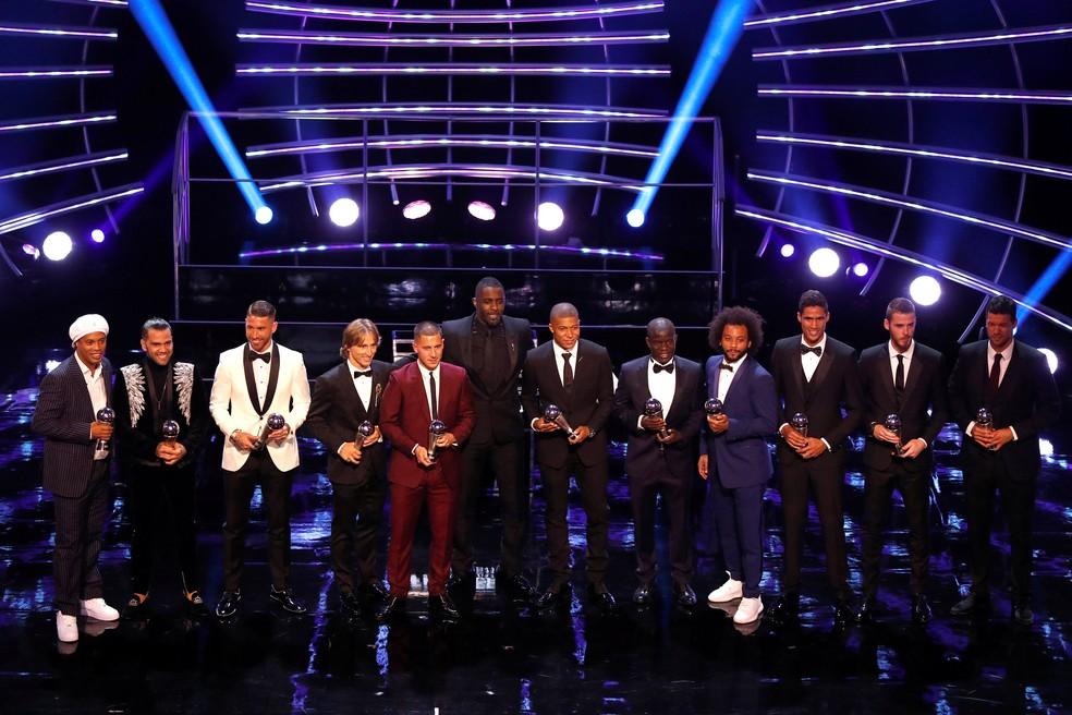 Vencedores do troféu FifPro, eleitos para a seleção da temporada — Foto: John Sibley/Reuters
