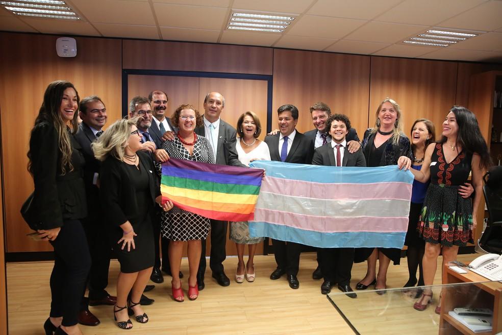 O ministro da Educação homologou nesta quarta o uso do nome social por transexuais e travestis na educação básica brasileira (Foto: Divulgação/André Nery/MEC)