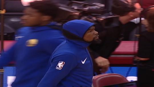 Ainda sem Curry, Warriors têm noite desastrosa e são esmagados pelos Rockets
