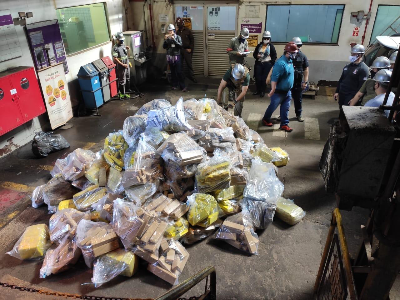 Polícia Civil incinera mais de 2 toneladas de drogas apreendidas em operações na região de Assis