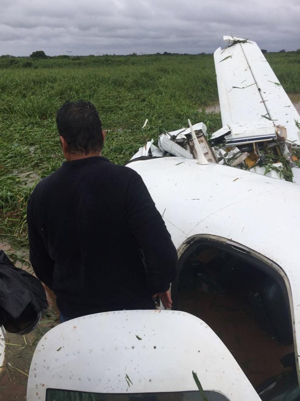 Acidente com aeronave em uma propriedade rural no povoado de Pirigara, em Barão de Melgaço (Foto: Divulgação)