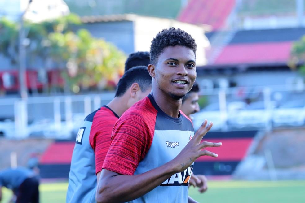 ... Lucas Ribeiro se desculpa por expulsão contra o Vasco — Foto  Maurícia  da Mata   aaf03b90ef37a