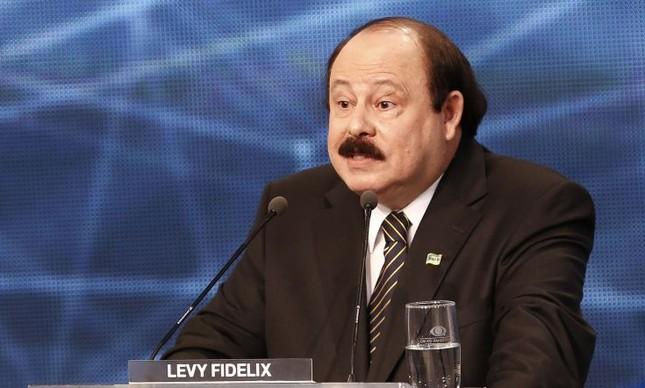 Levy Fidelix
