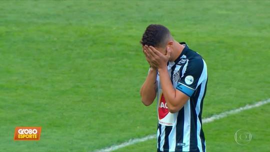 Santos perde para o Cruzeiro mas mantém liderança do Brasileiro