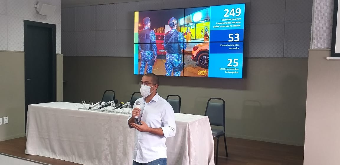 Prefeito proíbe bares e restaurantes de funcionar depois das 15h para conter avanço da Covid em Boa Vista