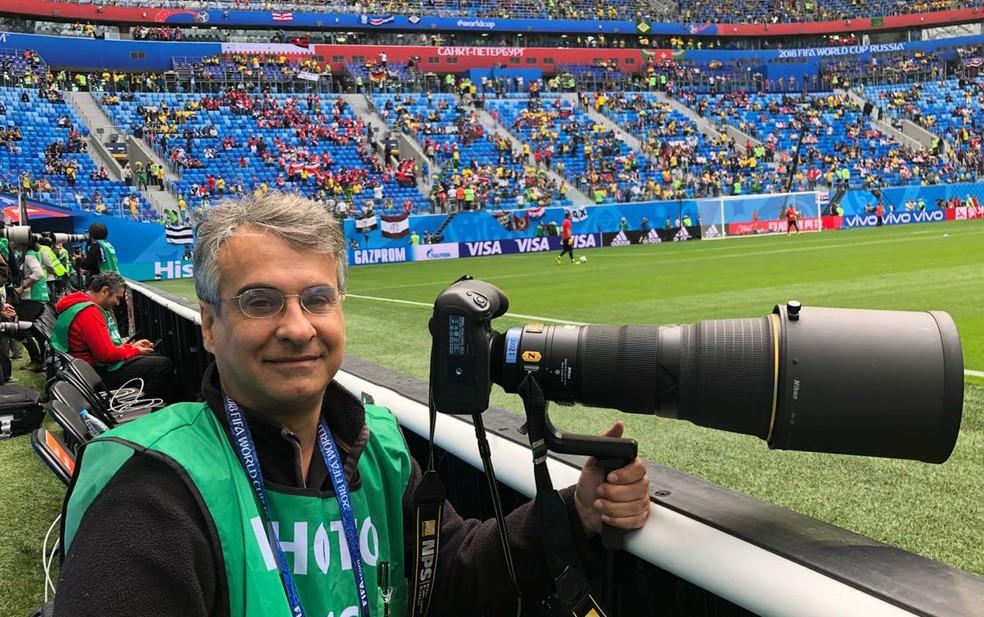 Eugênio Sávio em cobertura de jogo em São Petesburgo, na Copa da Rússia (Foto: Eugênio Sávio/Arquivo Pessoal)