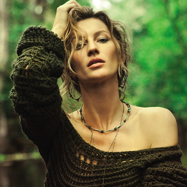 Green model: Gisele Bündchen na Vogue Brasil (Foto: Jaques Dequeker / Editora Globo)