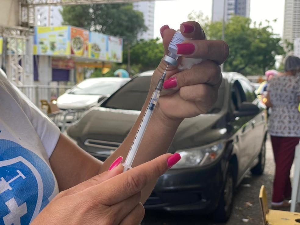 Vacina contra a Covid em Natal  — Foto: Kleber Teixeira/Inter TV Cabugi