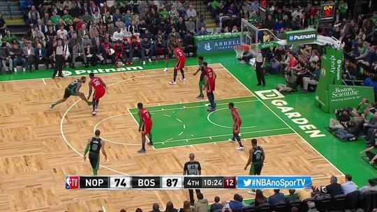 Morris tem noite de astro, Celtics superam Davis inspirado e vencem a sexta seguida