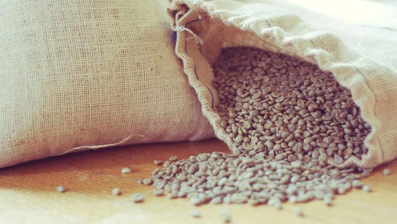 café-verde-saca-exportação (Foto: David Joyce/CCommons)