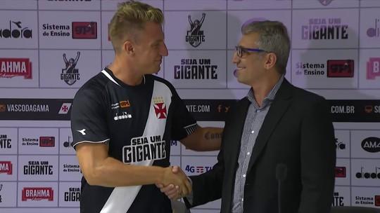 Seleção comenta chegada de Maxi López e a mística camisa 11 do Vasco