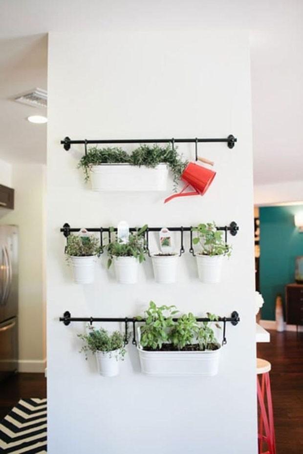 10 ideias para ter uma horta suspensa ou vertical (Foto: Divulgação/Reprodução)