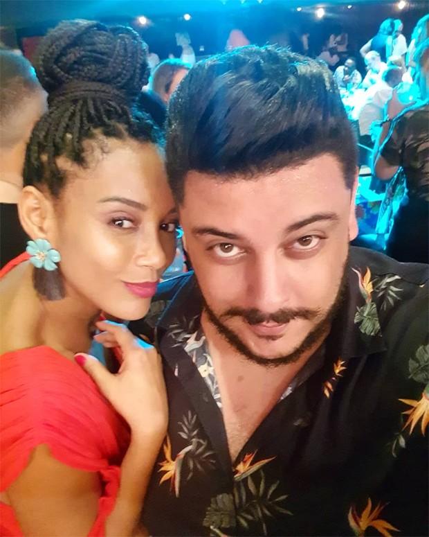Taís Araújo com Lipe Basilio (Foto: Reprodução/Instagram)