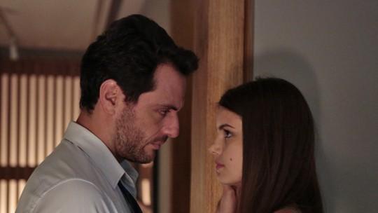 Angel e Alex se arriscaram muito em 'Verdades Secretas'! Relembre as cenas!