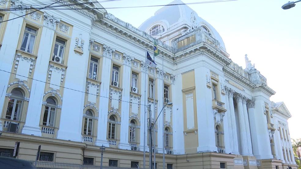 Palácio da Justiça, no Centro do Recife, é sede do TJPE — Foto: Reprodução/TV Globo