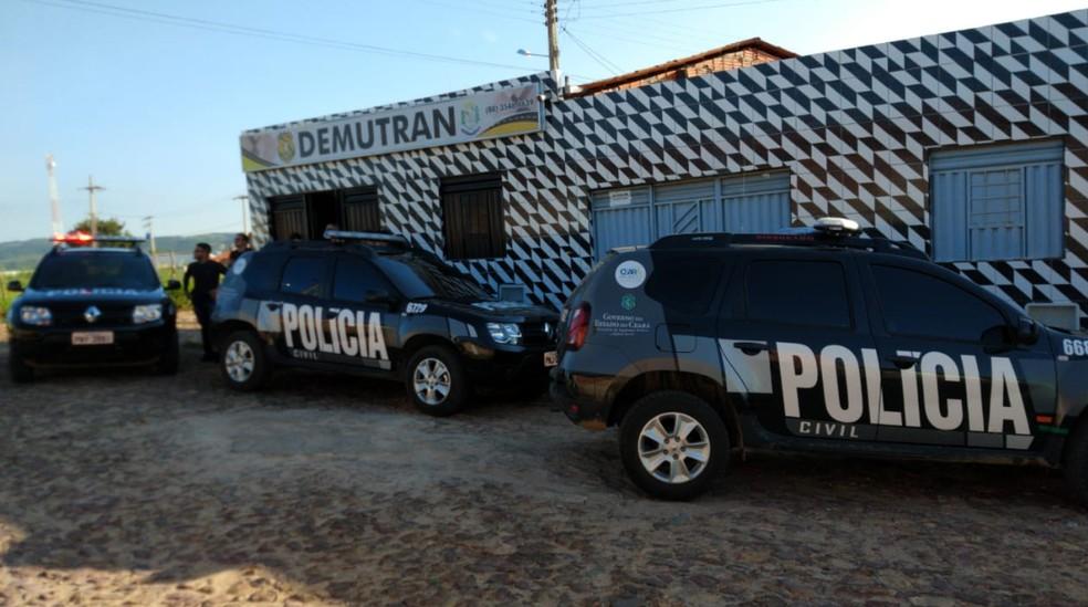 Operação da Polícia Civil investiga fraudes na sede do Demutran de Nova Olinda. — Foto: Isaac Macêdo/TV Verdes Mares
