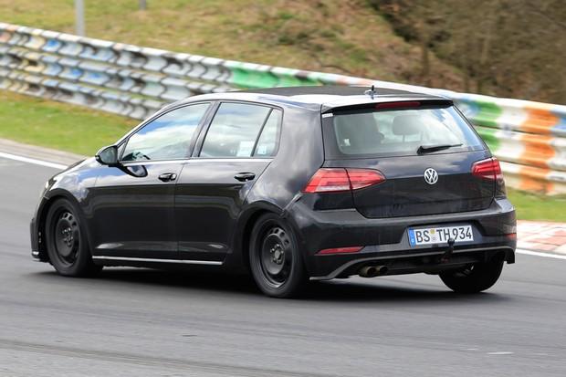 Mula da nova geração do VW já roda em testes (Foto: Automedia)