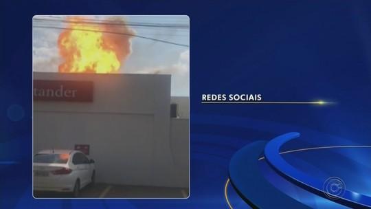Incêndio atinge agência bancária e explosão assusta clientes em Guaiçara; vídeo
