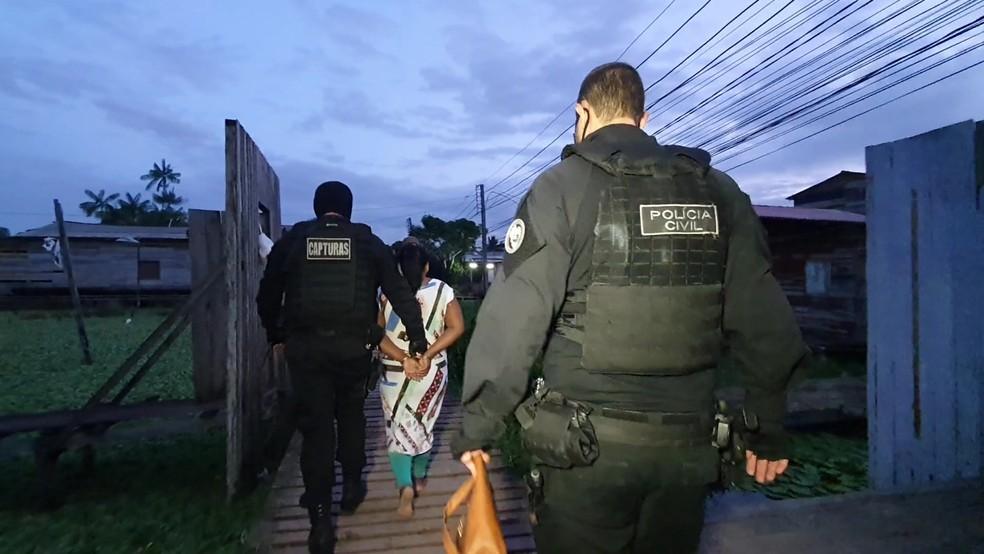 Mulher de 'Michel Gordo' também foi presa por envolvimento — Foto: Polícia Civil/Divulgação
