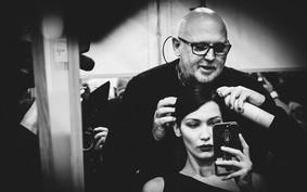 Sam McKnight tem o melhor conselho para cortar o próprio cabelo