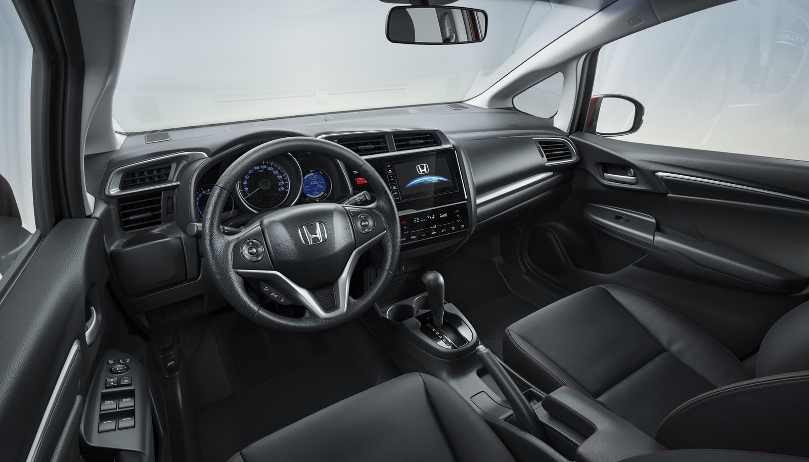Honda WR-V ganha equipamentos na linha 2019 e fica R$ 700 mais caro Honda-strip-234882-6-full