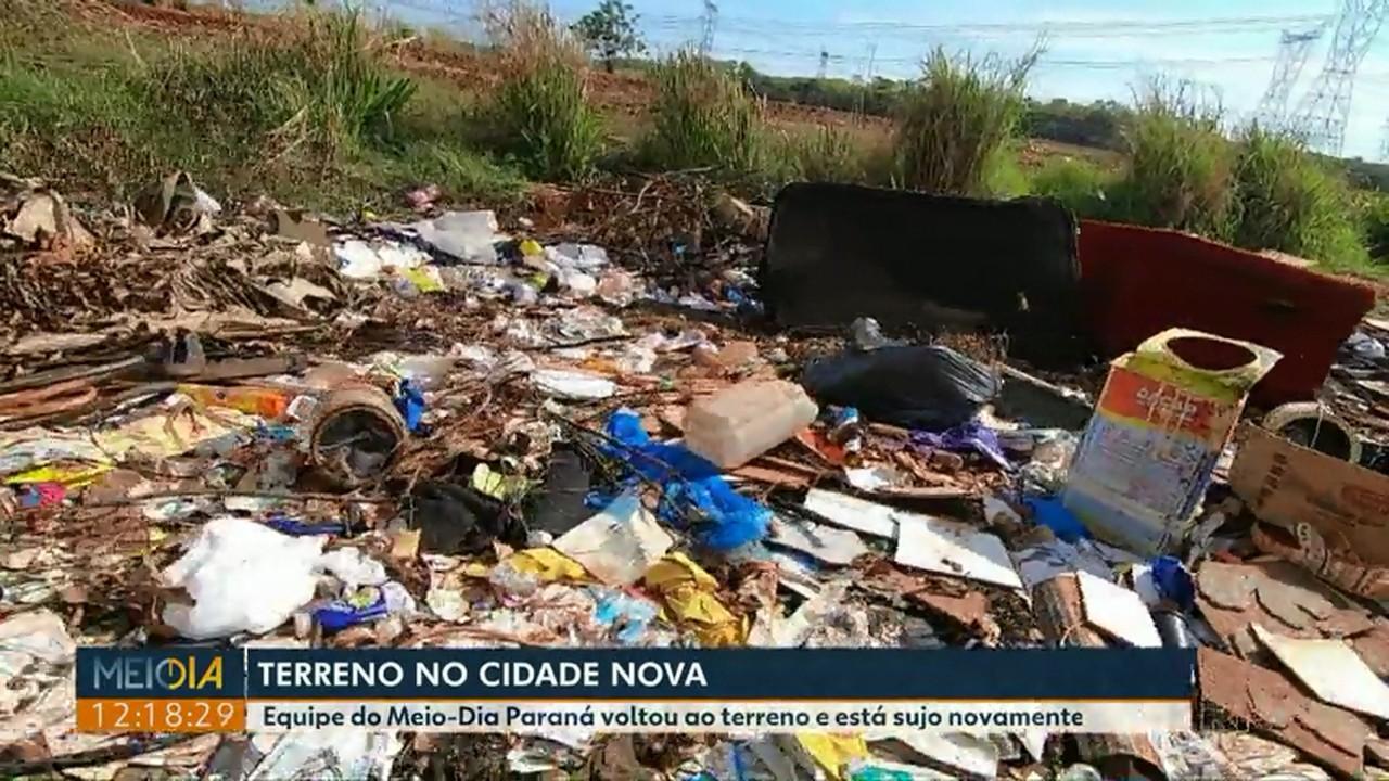 Terreno no Cidade Nova volta a receber lixo mesmo depois de limpeza