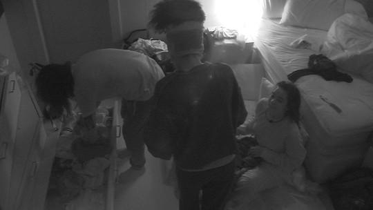 Brothers entram no Quarto Diamante e se preparam para dormir