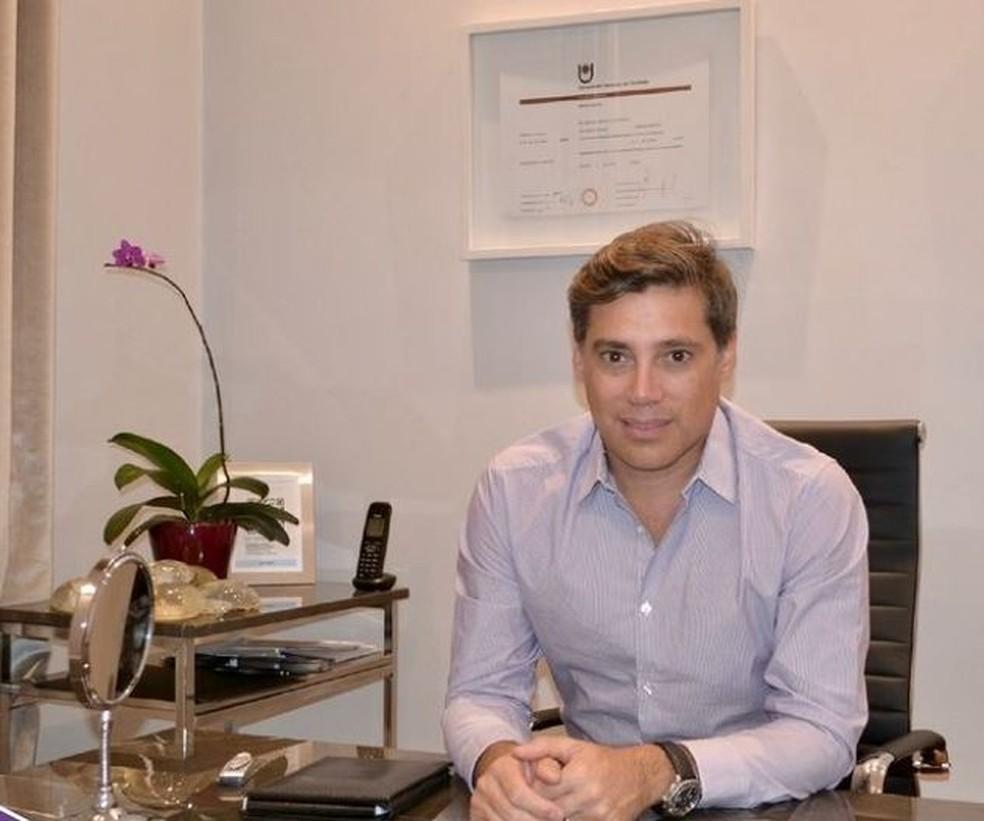 Andrés Galfrascoli, cirurgião argentino desaparecido após desabamento na região de Miami, em foto de 2018 — Foto: Reprodução/Instagram