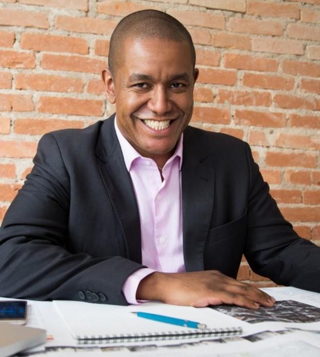Único negro em sua turma, ele faturou mais de R$ 1 milhão com empresa de infraestrutura