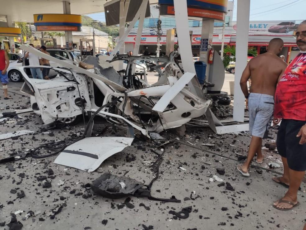 Posto em São Gonçalo, na Região Metropolitana do Rio de Janeiro, tem explosão durante abastecimento de GNV — Foto: Reprodução Redes Sociais