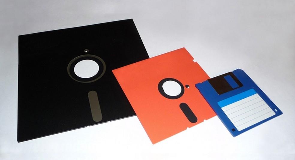 Discuri 8, 5 ¼ și 3 ½ inch - Foto: Comunicat de presă / IBM