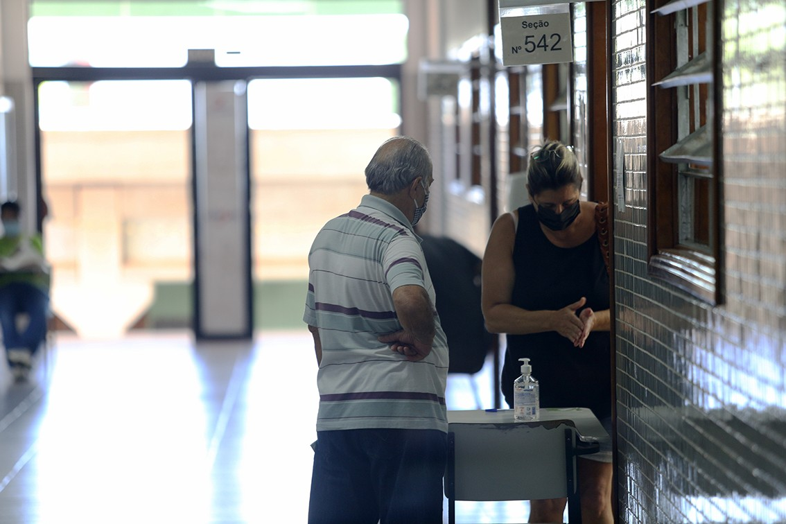 Piora nos casos de Covid adia eleições suplementares em Anhembi