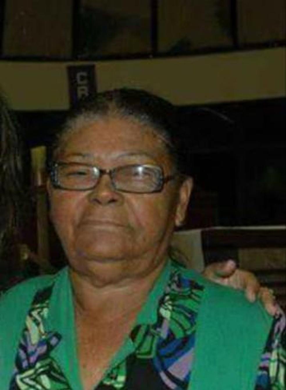 Lorinete Ribeiro da Costa teve a casa invadida e foi morta com um tiro no rosto — Foto: Arquivo pessoal