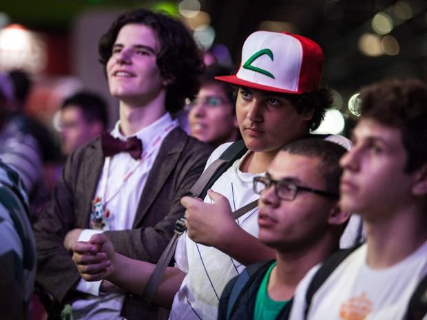 Bone do Ash, personagem de Pokémon, é um dos acessórios mais comuns em quem visita a Brasil Game Show (Foto: Marcelo Brandt/G1)