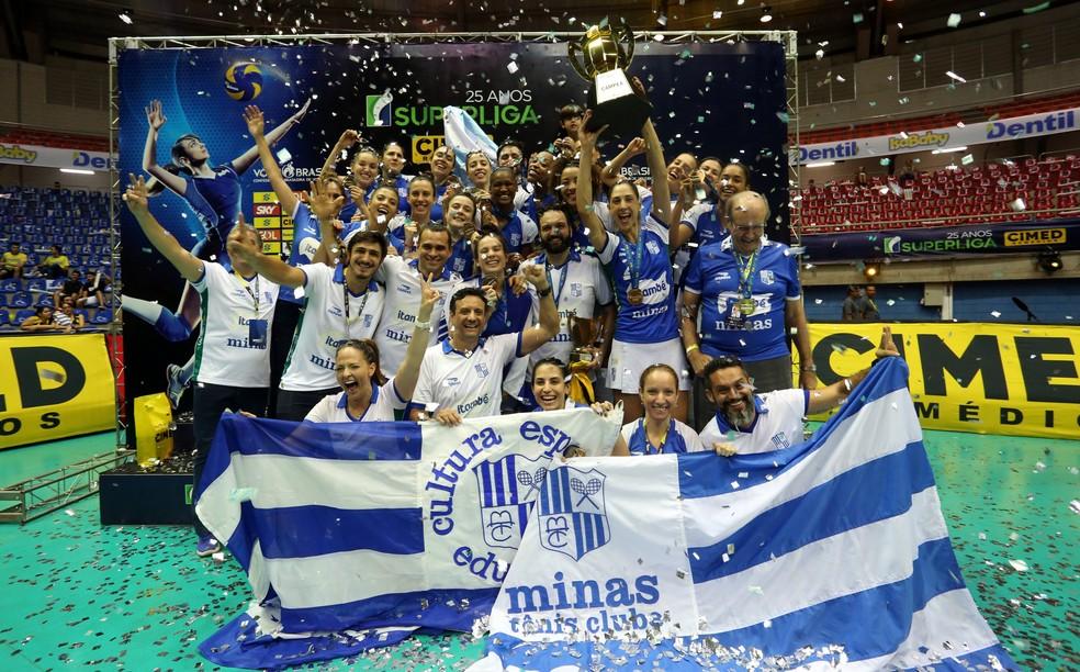 Minas levou a última Superliga Feminina — Foto: Orlando Bento/MTC