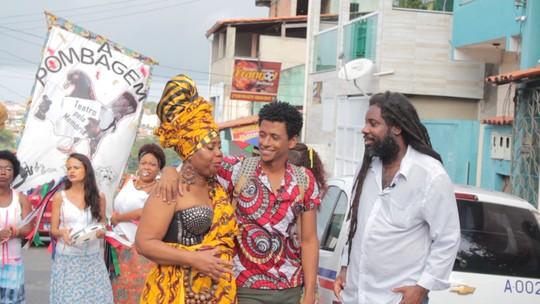 'Vumbora' conhece projetos sociais e culturais de Fazenda Grande do Retiro