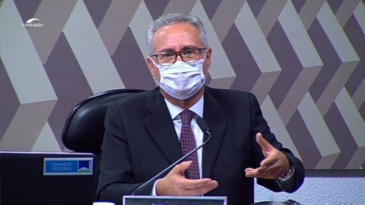 VÍDEOS: Renan Calheiros apresenta relatório final da CPI