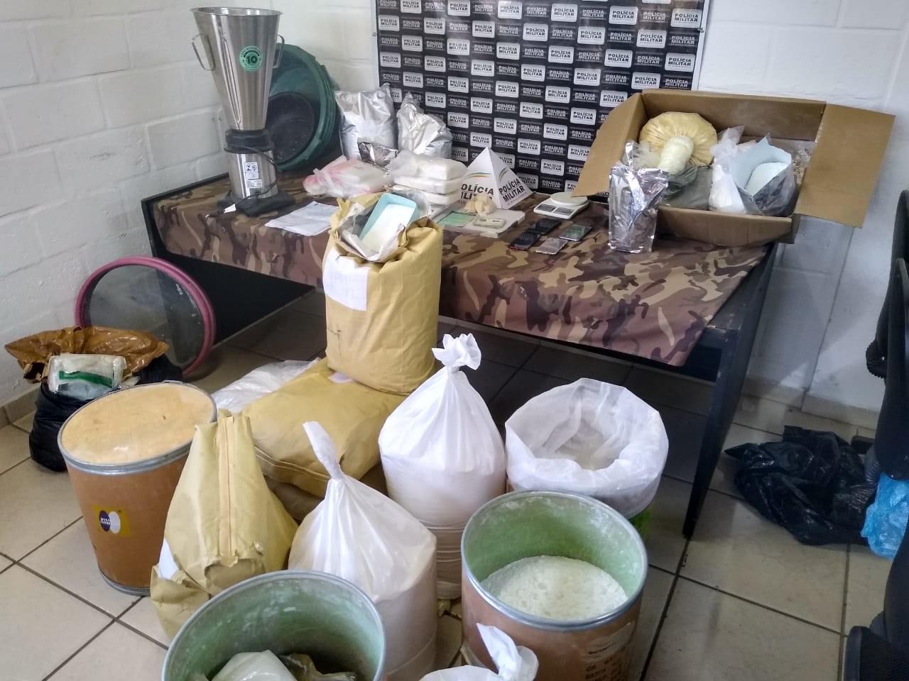 PM estoura laboratório de refino de drogas em Juiz de Fora
