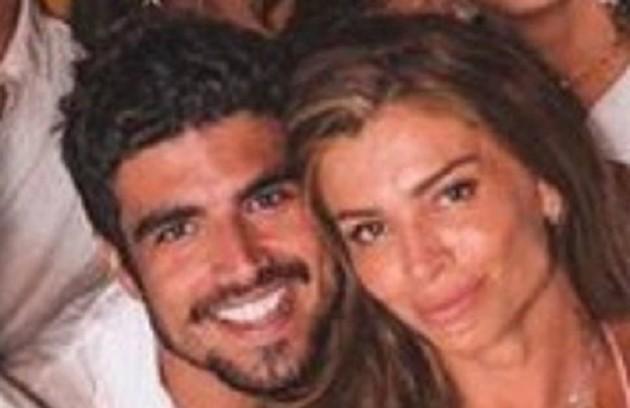 Namorados, Caio Castro e Grazi Massafera passaram boa parte da quarentena no apartamento dela, no Rio (Foto: Reprodução)