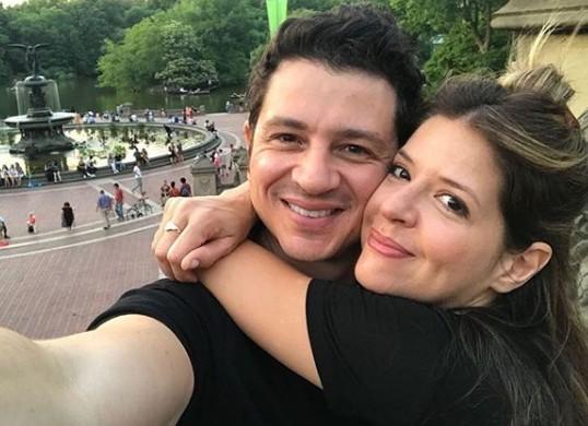 Mariana Santos com o marido, Rodrigo  (Foto: Instagram)