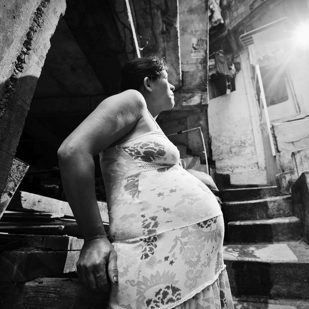 Mulheres em situação de rua tem seus direitos desrespeitados (Foto: Buda Mendes /LatinContent/Getty Images)
