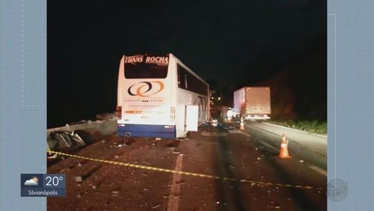 Acidente entre seis veículos deixa dois mortos na Rodovia Fernão Dias em MG
