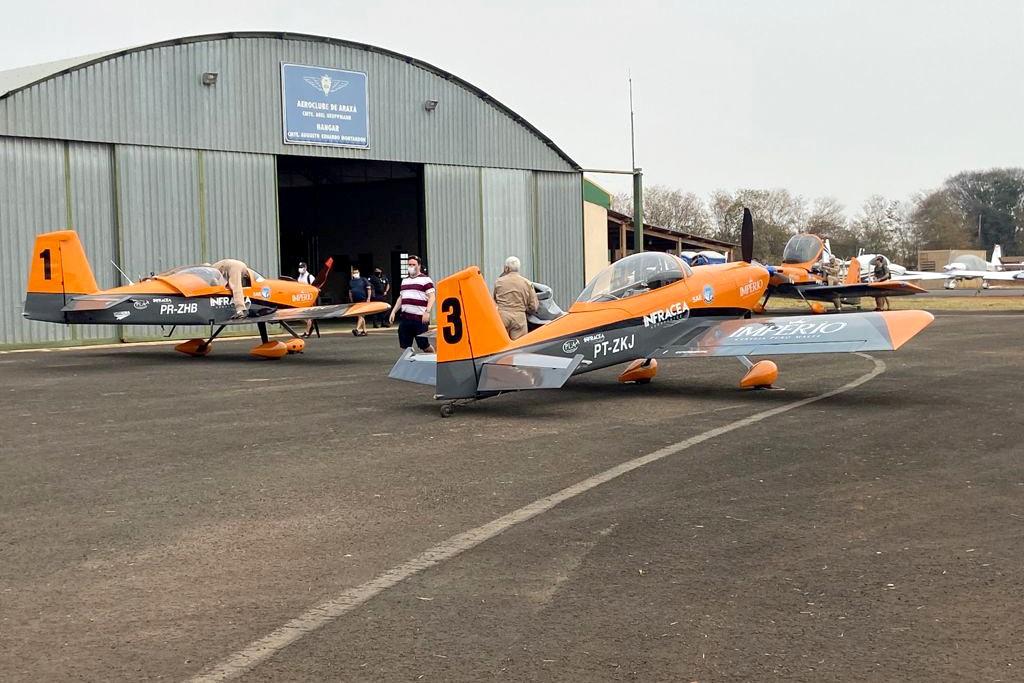 Encontro Brasileiro de Aeronaves RV-10 reúne donos de aviões e colecionadores em Araxá