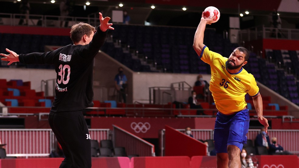 Brasil x Noruega no handebol masculino — Foto: Reuters