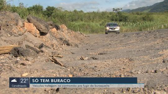 Motoristas e usuários reclamam de más condições da MG-455, no Sul de Minas